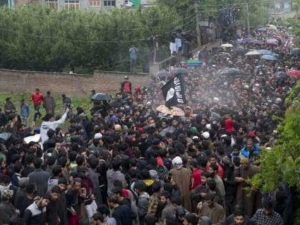 """India Answers Pakistan's Missile Test With Daring Raid On """"Most Wanted Militant"""" In Kashmir"""