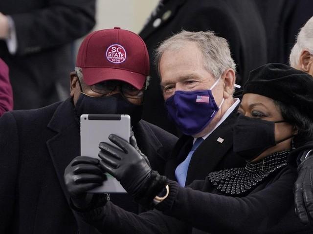 Dem Rep. James Clyburn claims President Bush called him a 'savior' for helping get Joe Biden nominated