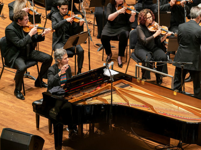 Chick Corea and Seattle Symphony meld jazz and classical music with a dazzling performance