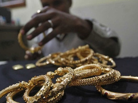 Gold Demand Subdued As Jewellers Defer Buying, Seen Improving In April