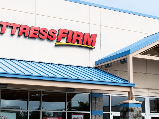 In a leaked memo, Mattress Firm's general counsel explains why it's keeping New York stores open even as the state orders non-essential businesses to shutter