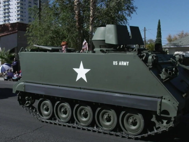Veterans celebrated in downtown Las Vegas parade
