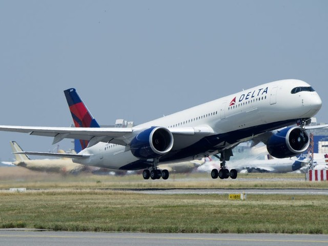 How to earn, redeem, and maximize Delta SkyMiles — even if you never fly the airline