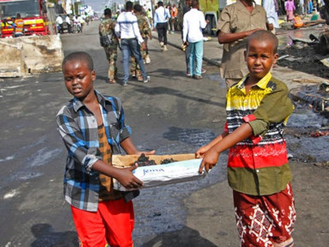Funerals begin as Somalia truck bombing toll reaches 276