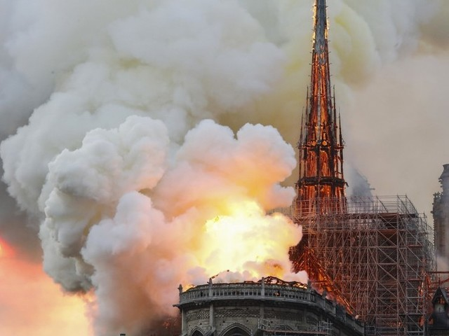 'Nothing will remain from frame': Notre Dame cathedral in Paris on fire (PHOTO, VIDEO)