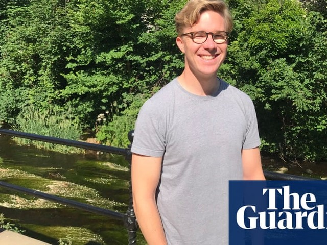 'Vote in your own country': EU citizens tell of UK poll chaos