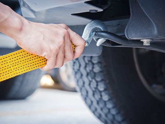 When Sand Jobs Require Tow Jobs: Best Tow and Recovery Straps