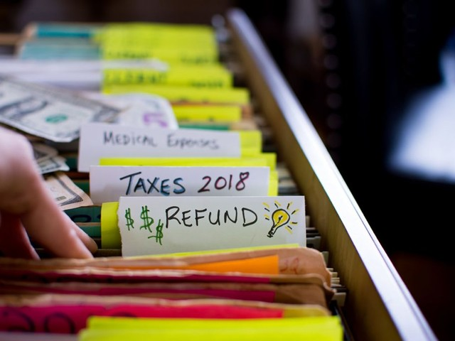 Resist the Urge to Splurge: 6 Smart Things to Do With Your Tax Refund