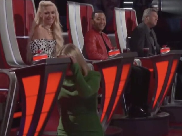 Kelly Clarkson makes the 'hardest decision' she's ever made on 'The Voice'