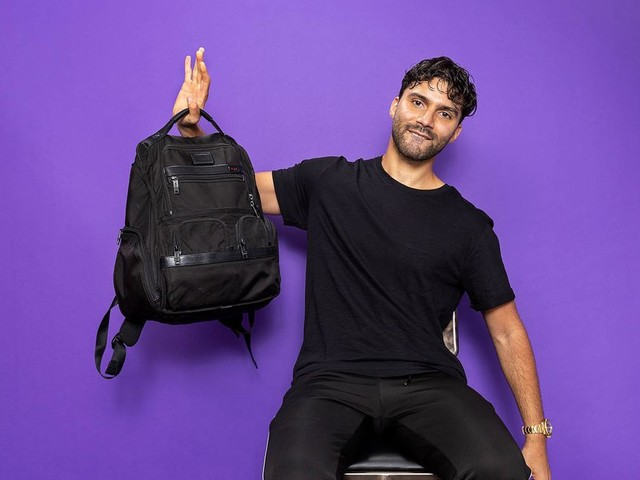 What's In Your Bag, R3hab?