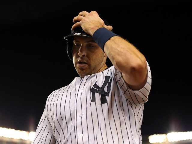 Former All-Star Mark Teixeira says free agency can be a nightmare