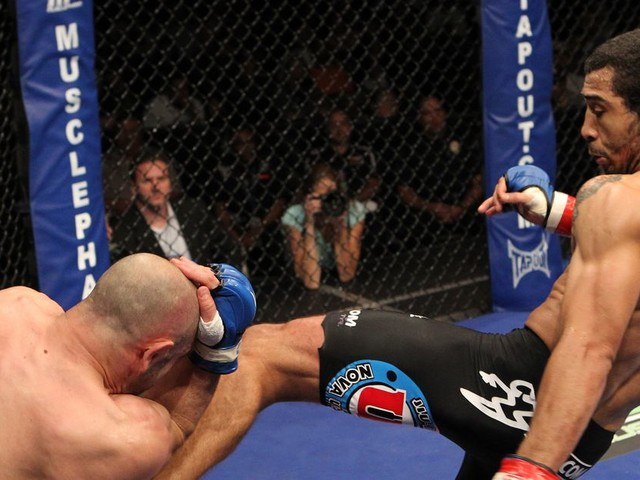 Fight Archives: Jose Aldo and the soccer kicks from hell