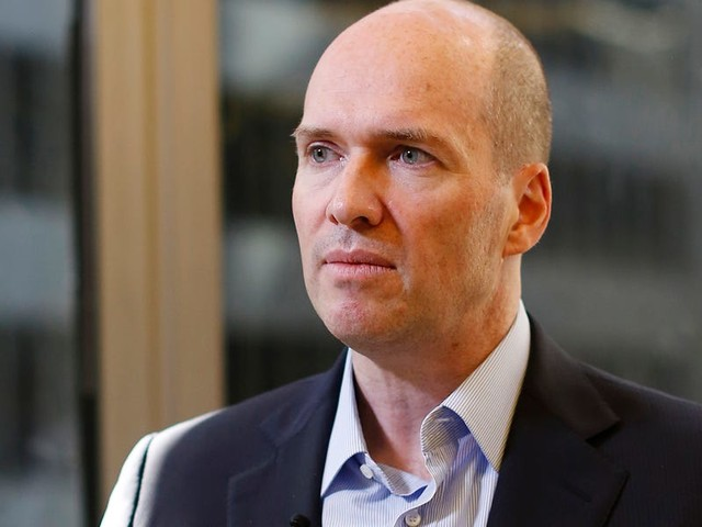 Legendary tech investor Ben Horowitz reveals how he screens for culture in investment pitches and why he charged his VCs $10 a minute for being late to a meeting