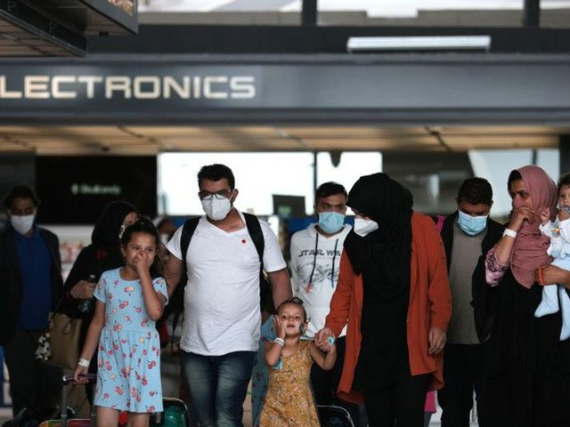 Horowitz: The government's mass migration from disease-ridden countries during a pandemic is quite revealing