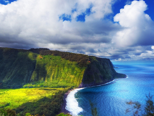 American: Boston – Kona, Hawaii (and vice versa). $496. Roundtrip, including all Taxes