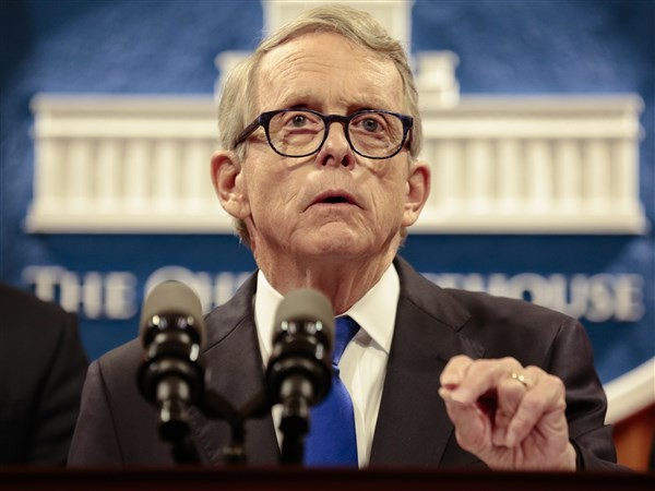 Poll: Ohioans prefer DeWine's leadership to Trump's in virus pandemic
