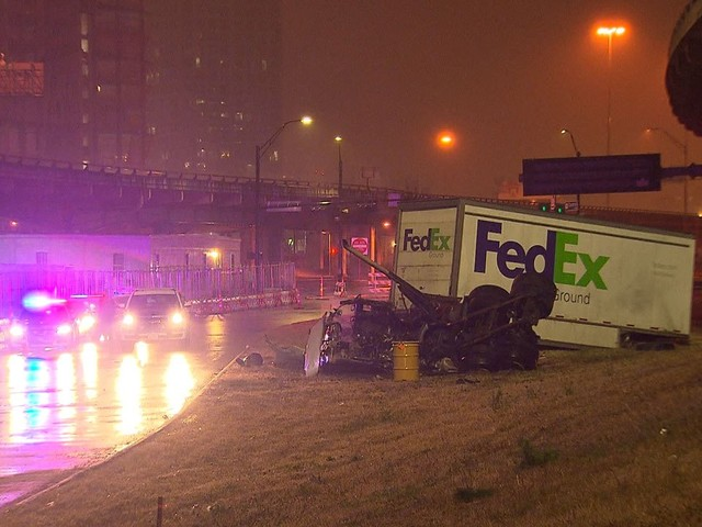 FedEx Driver Dies After Truck Goes Off Freeway In Dallas