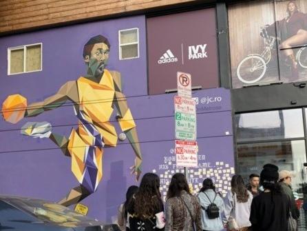 Kobe Bryant Memorials Appear Across Los Angeles