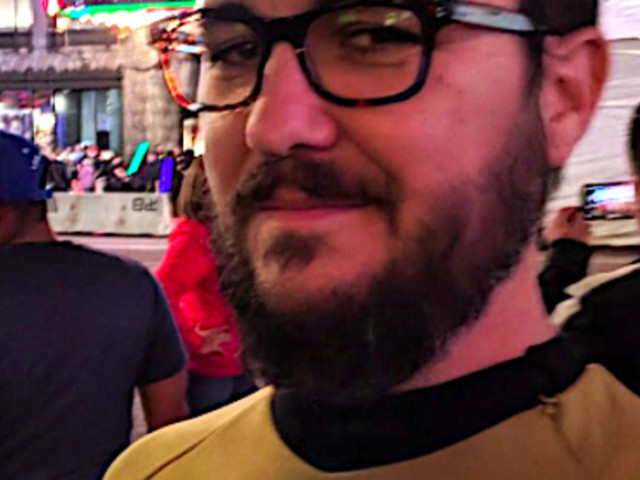 Wil Wheaton Wears 'Star Trek' Uniform To 'Star Wars' FOR REAL