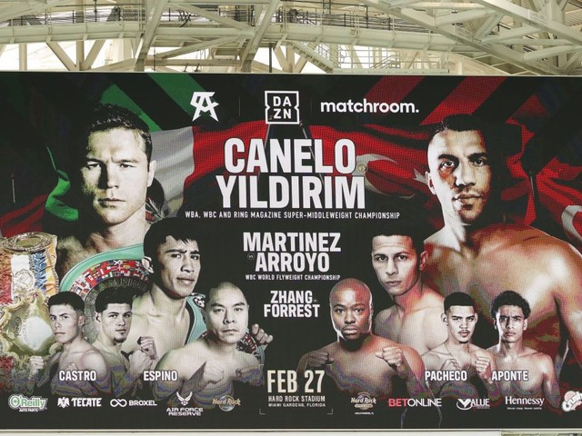 Alvarez Stops Yildirim To Retain Super-Middleweight Belts