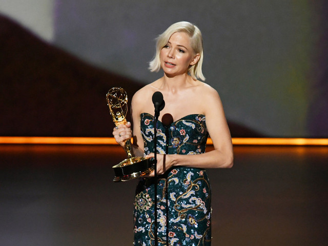 Michelle Williams addresses wage gap in her 2019 Emmys acceptance speech