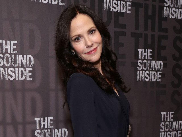 Mary-Louise Parker Explains What Attracted Her to Broadway's 'The Sound Inside'