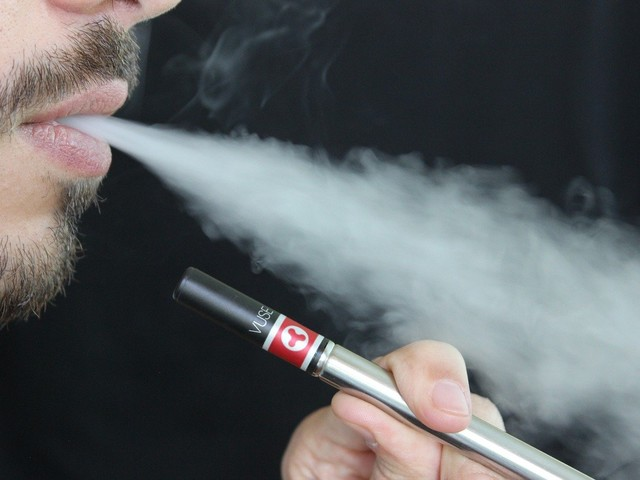 Does Vaping Increase Risk of Contracting Coronavirus?