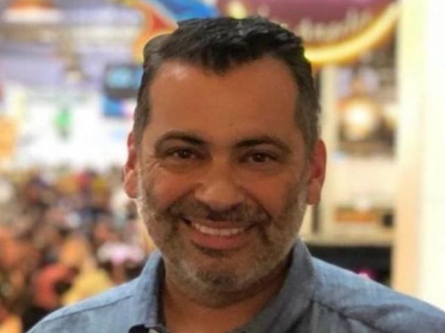 Carpenter Community Charter Teacher Nick Glover Dies From Coronavirus