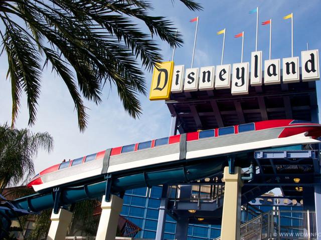 Disneyland Union Files Labor Complaint Over Withheld $1,000 Bonuses