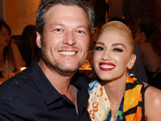 Gwen Stefani, Her Sons & Blake Shelton Have a Dance Party With Their Families