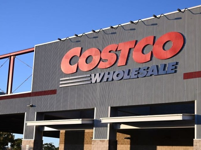 The Costco Anywhere Visa offers generous rewards at the bulk retailer and beyond, but there are a few caveats to consider