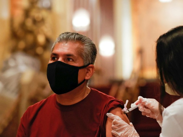 California rolls out digital vaccine verification — but don't call it a passport