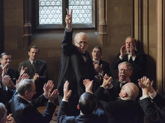 Gary Oldman's bulldog performance as Winston Churchill lifts Joe Wright's overwrought directing in 'Darkest Hour'