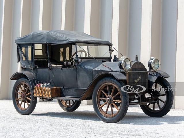 1913 Hupmobile Model--32
