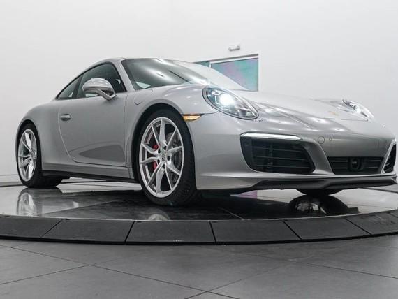 2017 Porsche 911--Carrera--4S