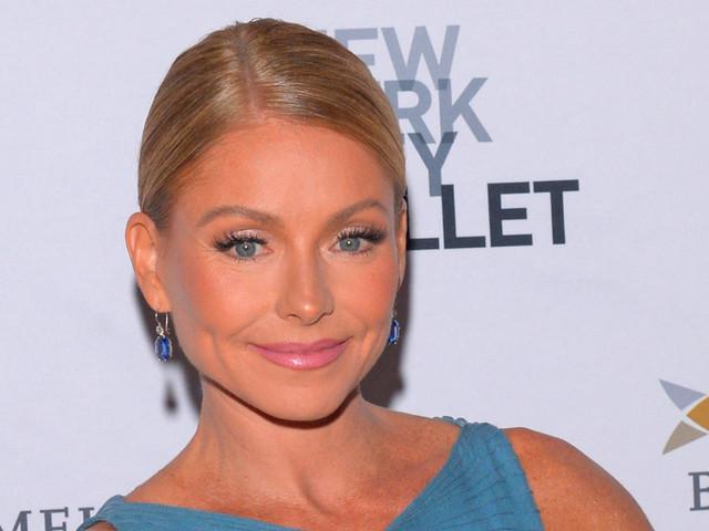 Kelly Ripa reveals she had plastic surgery on her earlobes