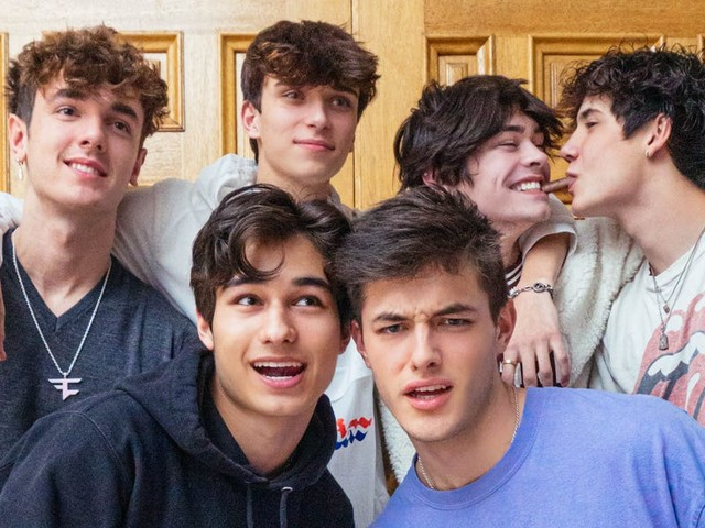 A crew of TikTok stars live rent-free in a Bel Air mansion, but at Sway House you have to meet your content quota