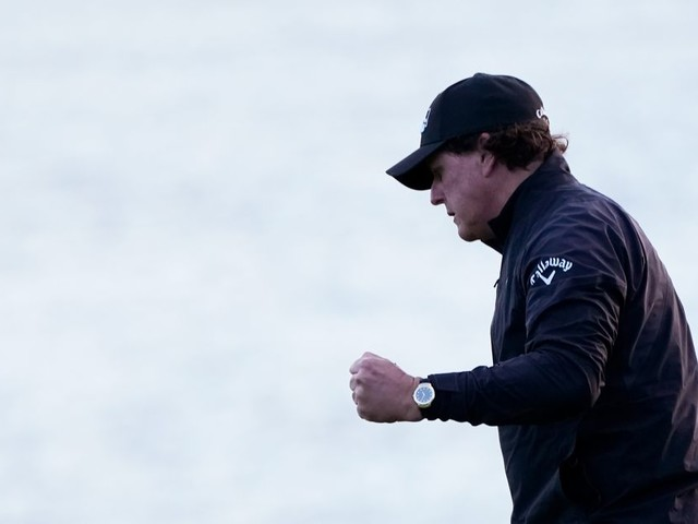 Phil Mickelson closes in on another massive payday at Pebble Beach