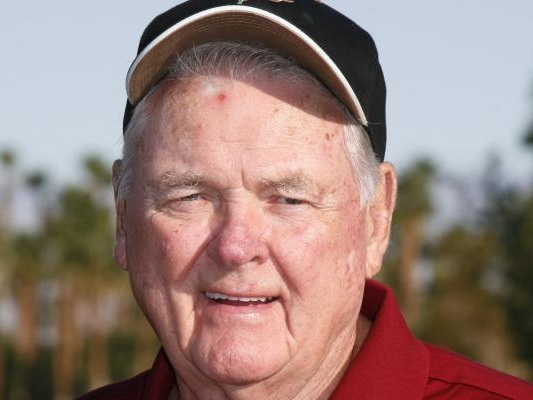 Keith Jackson: Legendary college football broadcaster dies