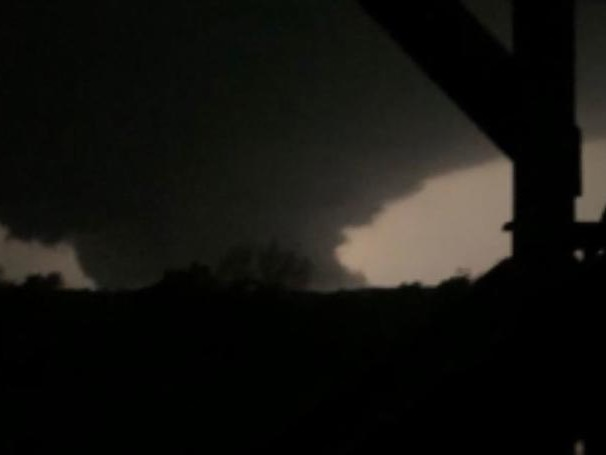 """It Felt Like An Earthquake"": Violent Tornados Tear Through Missouri, Leaving 3 Dead"