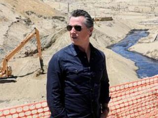 California halts fracking permits in oil producer crackdown