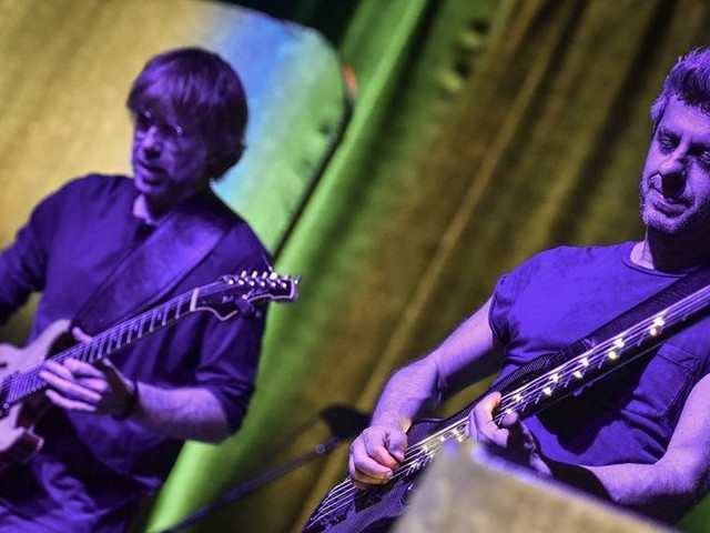 Trey Anastasio Guests With Mike Gordon In Boston