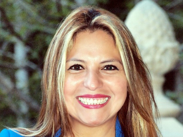 Meet Elizabeth Guzmán, Who Will Deliver The SOTU Response In Spanish