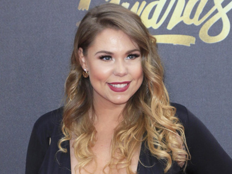 Kailyn Lowry Claps Back At Hater Who Dissed Her For Having Another Child With Ex Chris Lopez