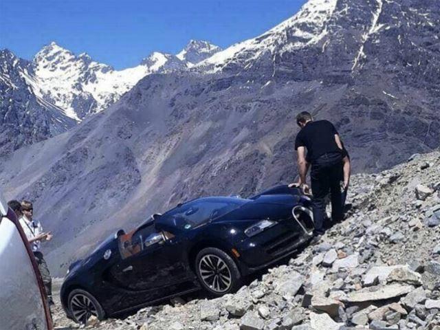 Bugatti Veyron Creates Epic Crash Picture On Andes Mountains