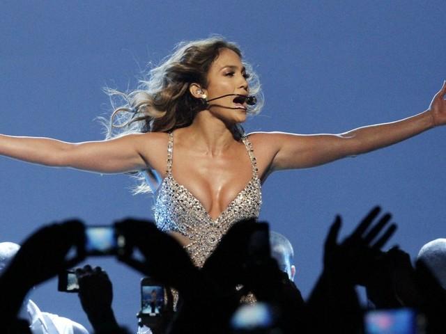Fight Film Trivia: J.Lo Edition