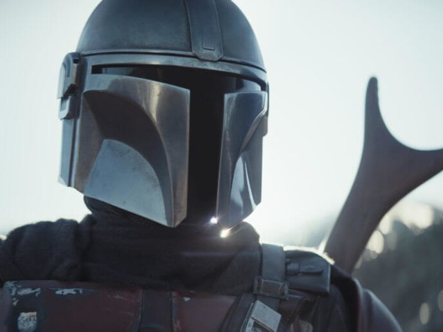 'The Mandalorian' series premiere throws 'Star Wars' in the middle of the wild west