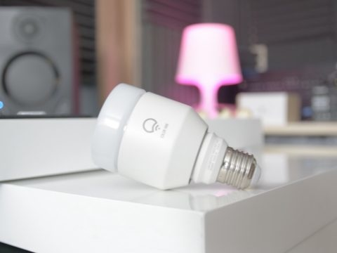 LIFX's Mini 800 smart bulbs are enjoying a fantastic discount