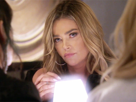 'RHOBH': Lisa Rinna Calls Denise Richards A 'Hypocrite' As They Battle Over Her Risqué Behavior