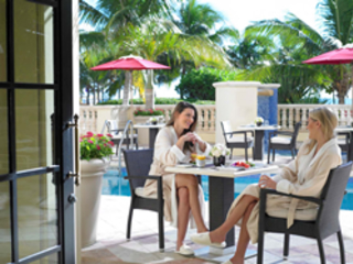 Acqualina Resort & Spa Delivers a Warm and Sunny Girlfriends...